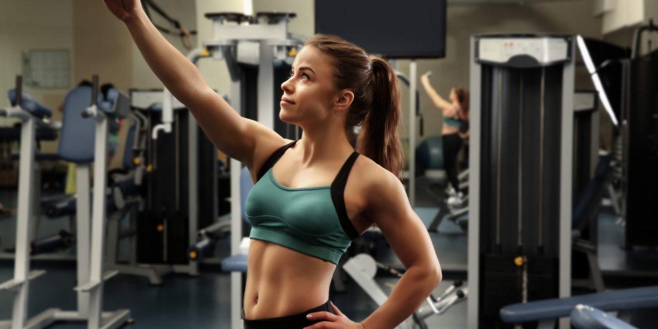 Estilo na academia: saiba o que fazer para se sentir mais bonita!