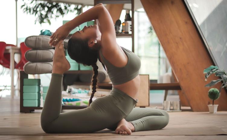 Conheça os benefícios do Yoga para seu corpo e mente